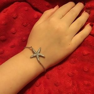 Jewelry - BEAUTIFUL paved crystal starfish bracelet adjustab
